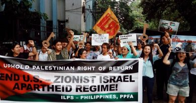 Filipino youth stand in solidarity with Palestine