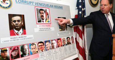Condemn US' trumped-up charges against Venezuelan President Maduro